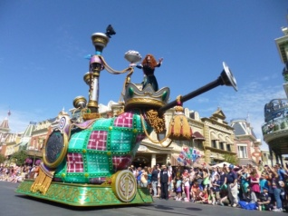 Festival-of-Fantasy-Parade-Merida-Brave-Float-1