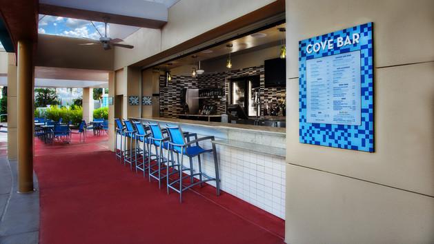 bake lake cove-bar-00