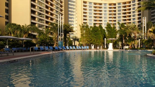 bay lake cabanas-contemporary-resort-00