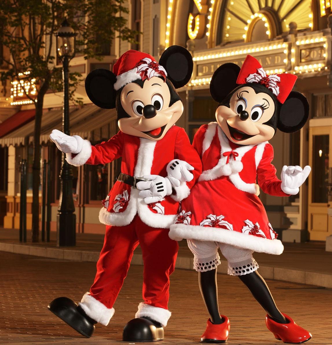 disney_friends_in_their_new_christmas_c_0_original - Disney Christmas Party 2015