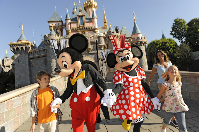 2016 DISNEYLAND RESORT VACATION PACKAGES NOWAVAILABLE!