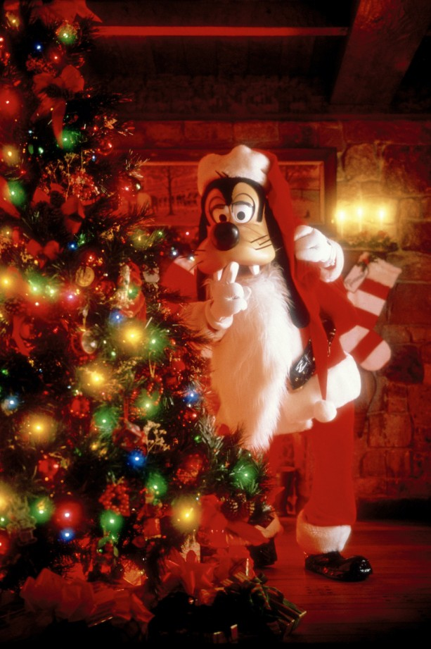 dtnemail-Santa_Goofy-4001e